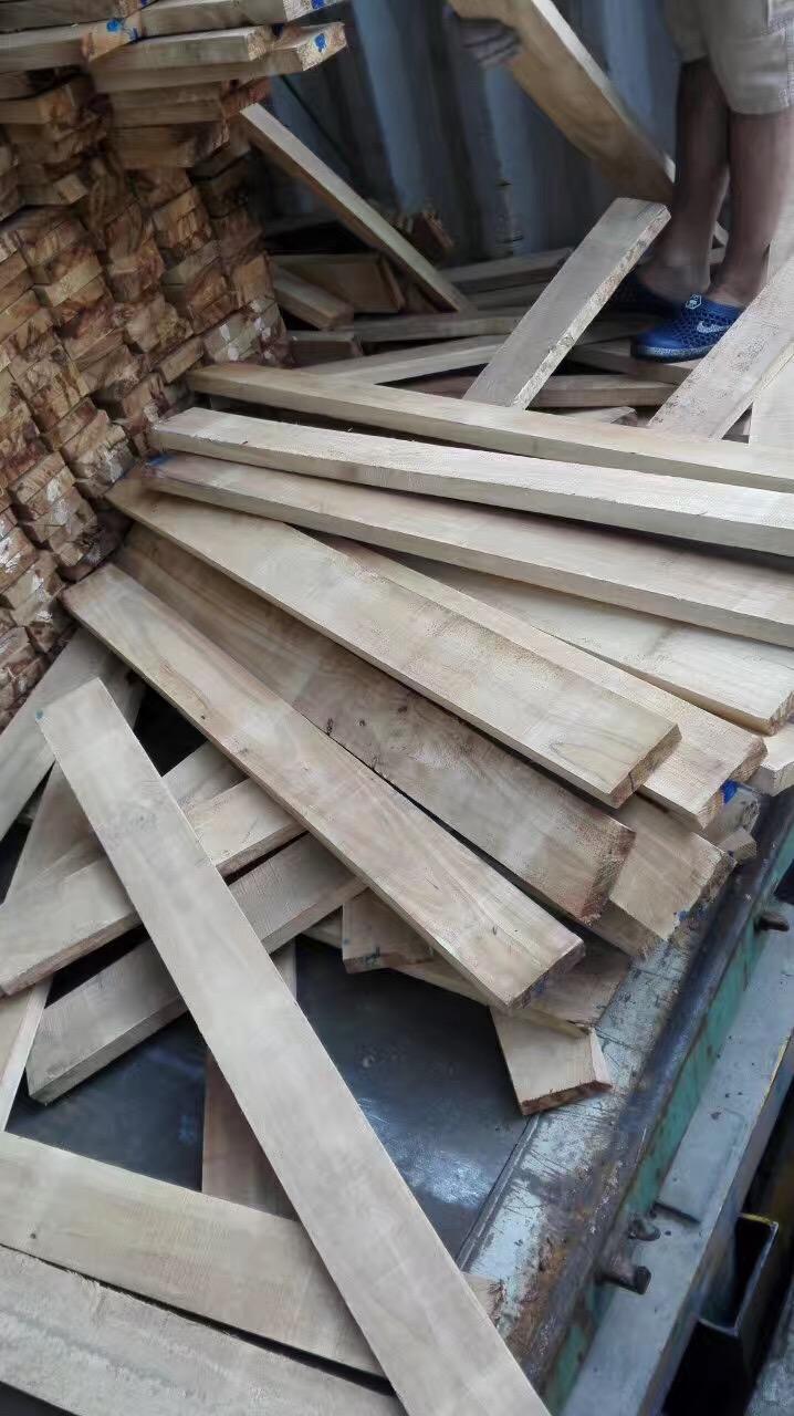 经营泰国   海南橡胶木实木板材 橡木实木家具材