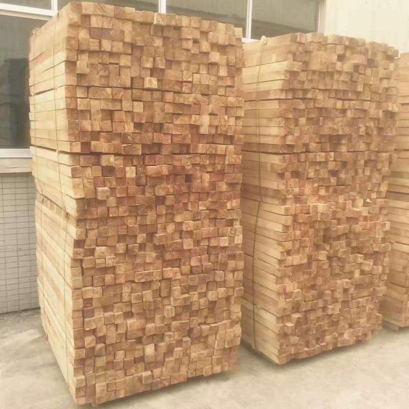 进口泰国橡胶木 长期供应家具工艺品楼梯地板木板材 大量批发