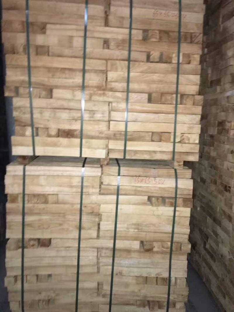 国产海南橡胶木自然板材 木方料 实木原木 木板材 木材批发