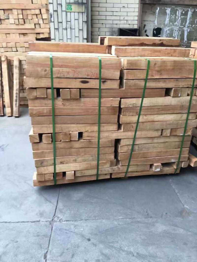 森隆木业供应7.5 橡胶木规格料 木板材 实木板 家具板材