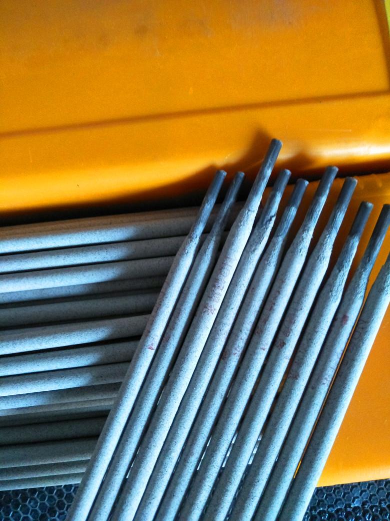 DC-62高硬度高耐磨堆焊焊条