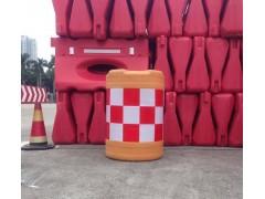 深圳南山厂家批发施工红色高水马 防撞桶 警示牌 路锥等