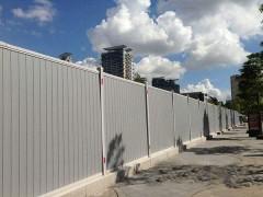 深圳龙华厂家直销施工PVC围挡 钢结构围挡 泡沫围挡等